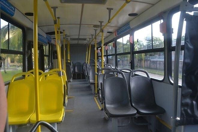Prejuízo e ônibus vazio 1