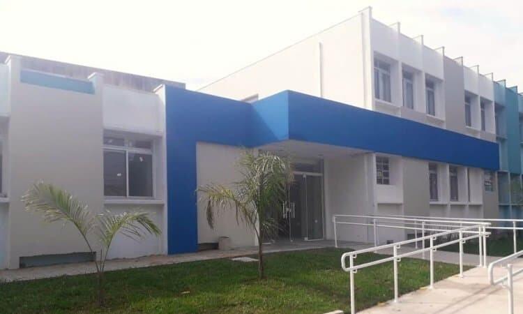 Hospital Erasto Gaertner seleciona profissionais para atuar na unidade de Paranaguá