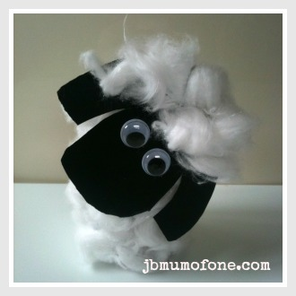 Toilet roll sheep