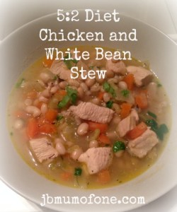5:2 Diet: Chicken and White Bean Stew, 291 calories