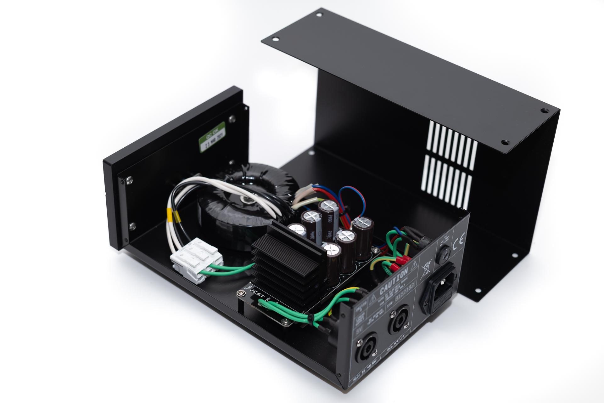 JCAT initio 3 - 12V audiophile linear power supply