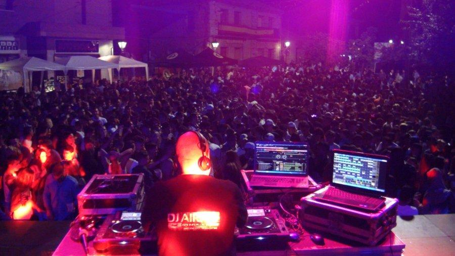 DJ de discomóvil