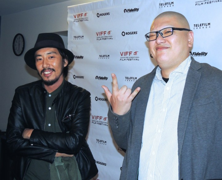 (左:鈴木洋平監督、右:今村左悶プロデューサー)