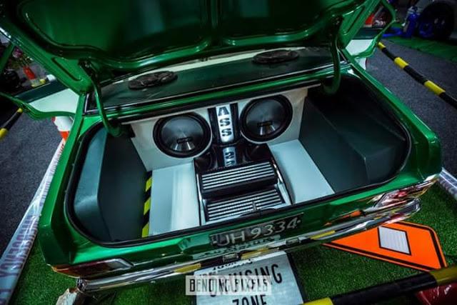 Ford Escort - Full Custom Install