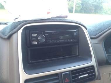 Pioneer Head-unit into a Honda CR-V