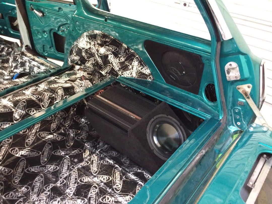 Custom Install - 70's Holden HQ