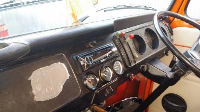 VW Kombi Headunit Install