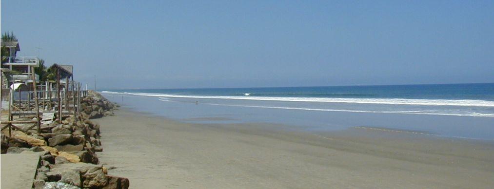 Playas virgenes y acantilados nos van a acompañar por la Ruta del Sol