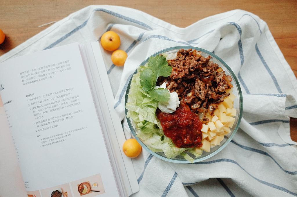 餐桌|柯布沙拉、章魚飯/幸福暖心的禮物料
