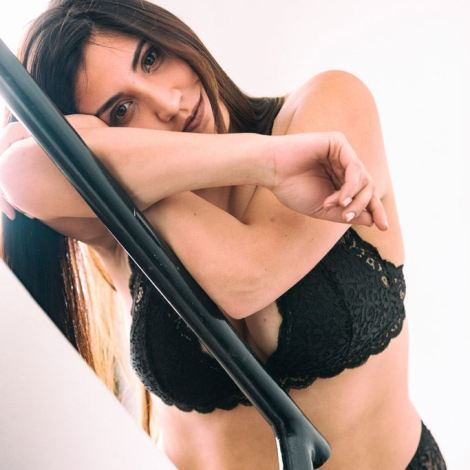 Sesion curvy plus size lenceria Argentina photoshoot model photographer loveMybody Tulipan Valentina Marin