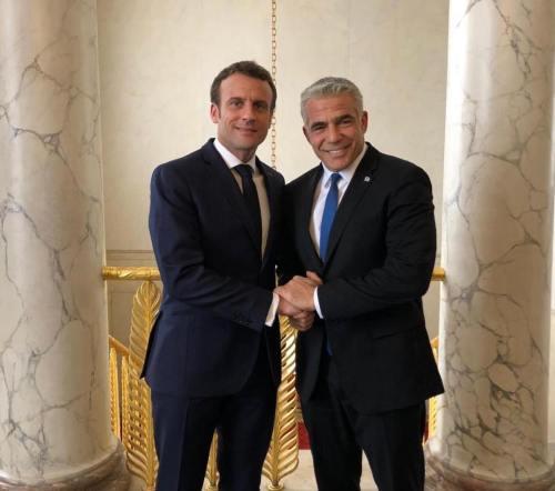 Macron, Lapid
