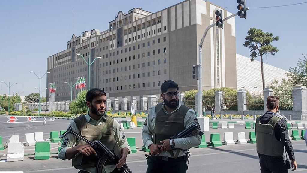 פיגוע המדינה האסלאמית :צמצום מרחב התמרון של רוחאני והגברת הפעילות החתרנית באזור