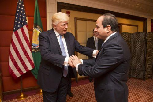 נשיא ארצות הברית, דונלד טראמפ עם מקבילו המצרי, עבד אל-פתאח א-סיסי