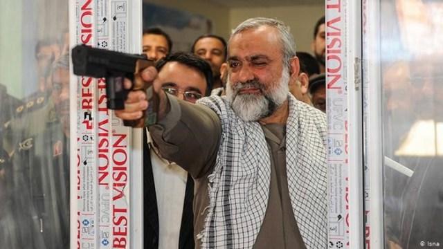 """מחמד רזא נקדי, אחד המפקדים האלימים ביותר במשה""""מ חוזר לזירה בהוראת ח'אמנהאי. מוכנות המשטר לדיכוי ללא פשרות של האזרחים.התמונה מהסוכנות האיראנית, איסנ""""א."""
