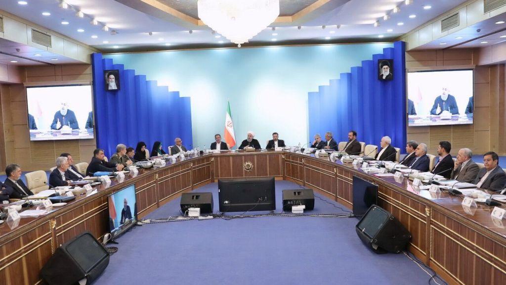 """המתיחות בין איראן לארה""""ב – נמשכים המגעים לצינון הרוחות"""