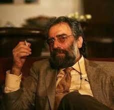 מסעוד קימיאי, במאי דגול איראני מוביל את מחאות האומנים נגד המשטר, רחשאן בניאעתמאד במאית מפורסמת נעצרה והוזהרה לבטל את קריאתה למחאות ברחבי הערים