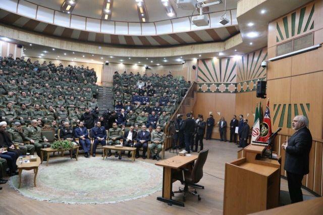 """שה""""ח של איראן זריף בנאום היום בפני סגל אקדמי"""