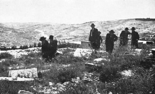 After the Six-Day War many Jewish families came to the Mount of Olives to search for their loved ones' graves among the destroyed graves and headstones. The Israeli Religious Affairs Ministry documented these moments. (Photograph is from the booklet Chilul Hakodesh [Desecration of the Sacred], published by the Religious Affairs Ministry)