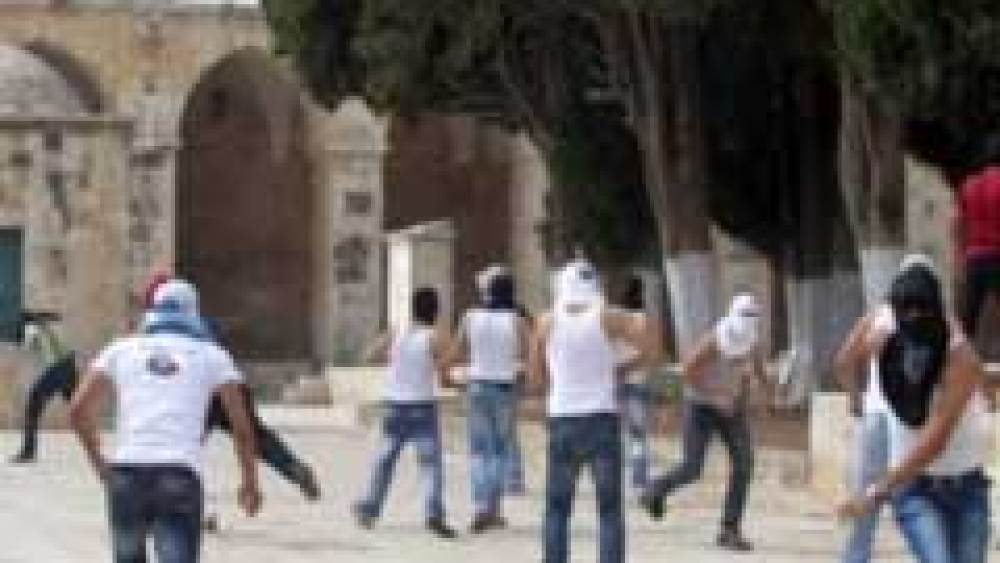 Growing Tensions in Jerusalem amid Holy Days