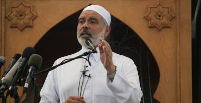 Ismail Haniyeh preaching