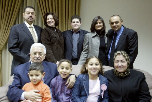 Mahmoud Abbas, his wife (front row, bottom right), son Yasser (top left), son Tareq (top right), and their families. Photo taken in 2005.