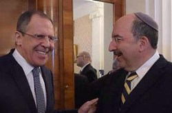 Russian Foreign Minister Sergei Lavrov greets Israeli Foreign Ministry Director-General Dore Gold, February 18, 2016.