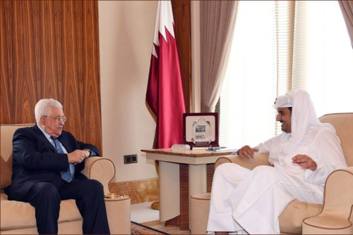 President Abbas meets the Emir of Qatar, Sheikh Tamim bin Hamad al-Thani, in Doha, Qatar, October 27, 2016