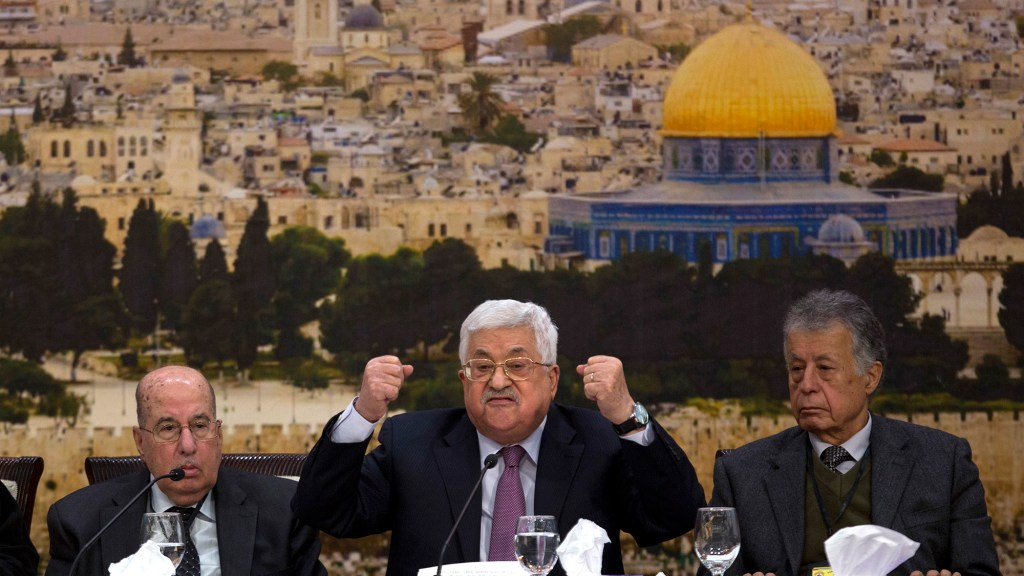 Abbas' Threat to Revoke Palestinian Recognition of Israel
