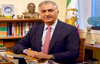 The Iranian Crown Prince Reza Pahlavi played soccer. At the age of 57, he supports the Iranian team.