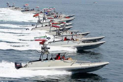 Iranian speedboats
