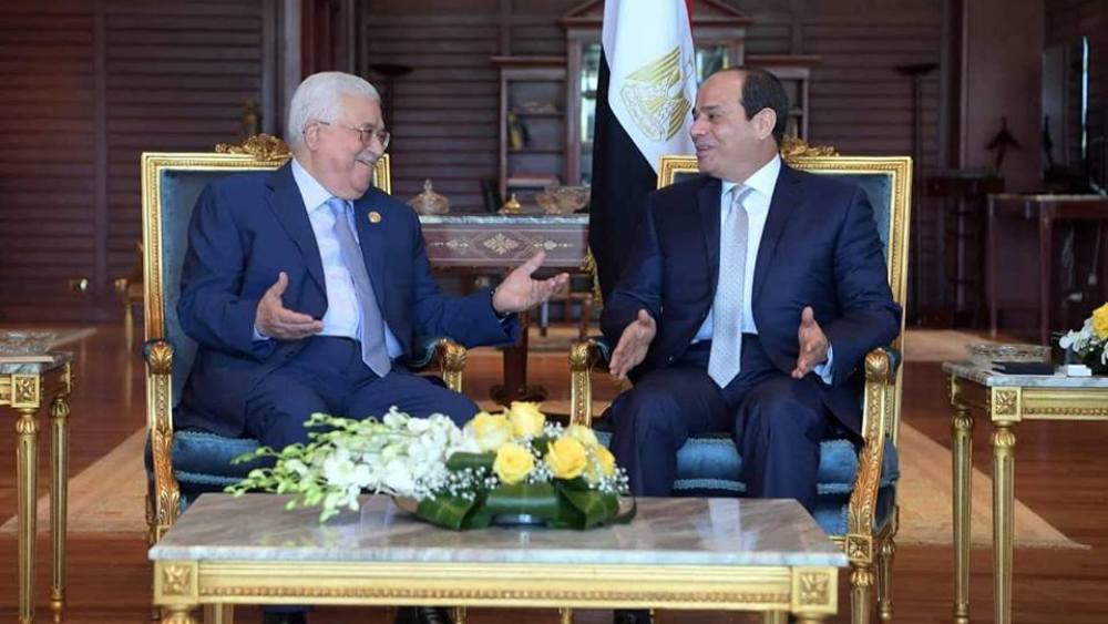 Abbas Pays Gloomy Visit to Cairo as Hamas-Fatah Relations Deteriorate