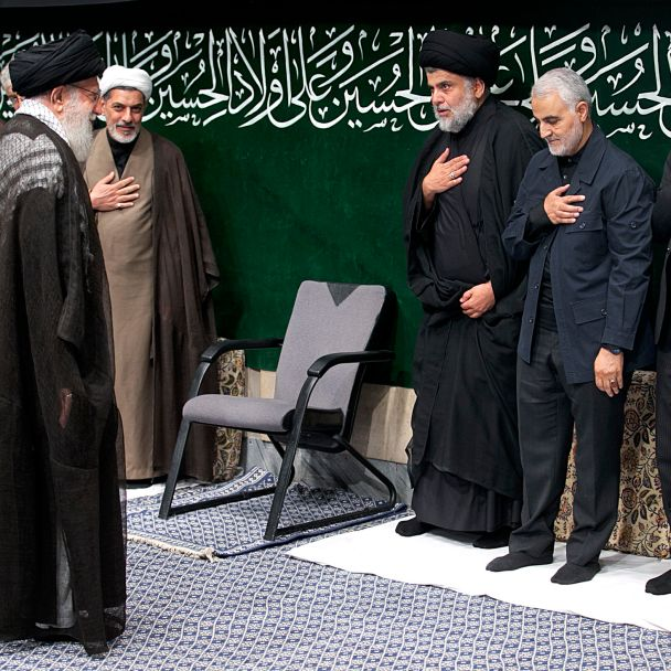 Iraq's Muqtada Al-Sadr Pays Homage to Iran