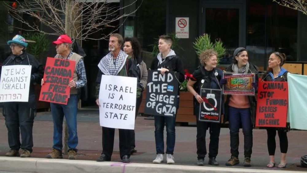 Independent Jewish Voices commends NDP for endorsing BDS against Israel