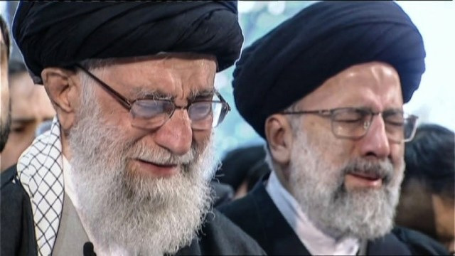 Chief Justice Raisi and Supreme Leader Khamenei at the Soleimani funeral