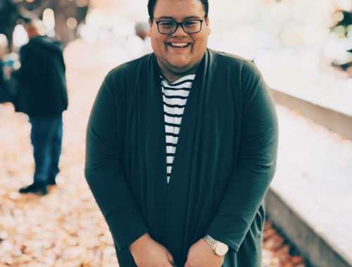 Plus-Size Male Fashion Blogger