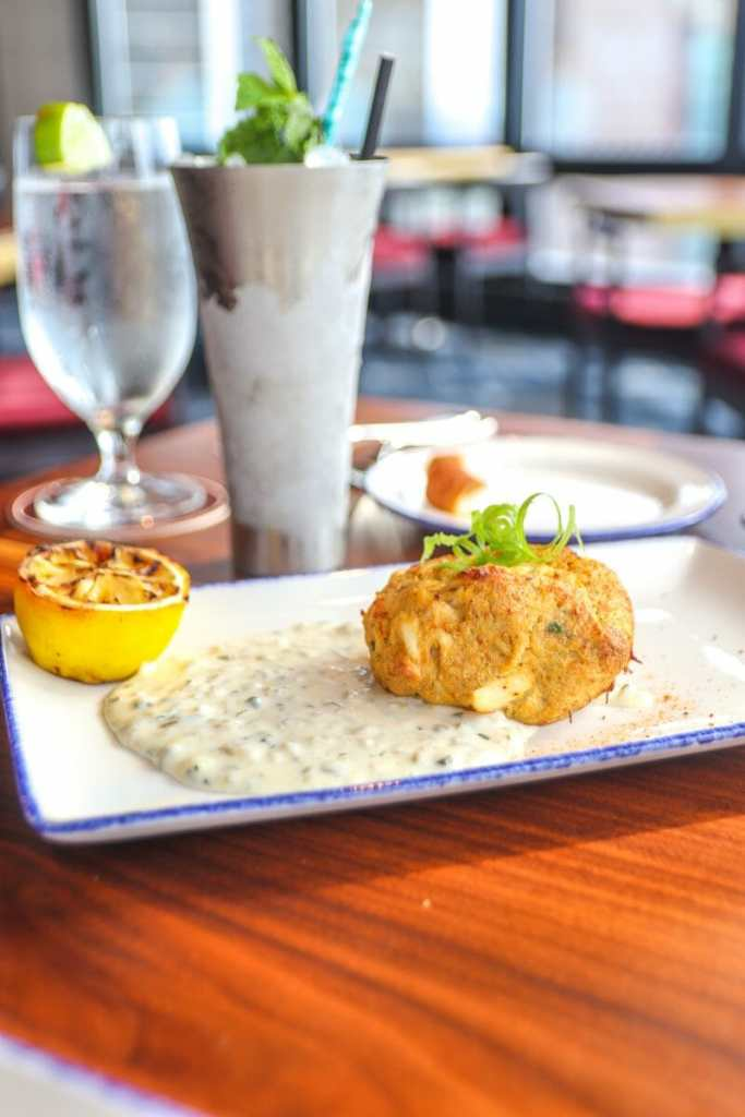 Swizzle Dinner & Drinks, Downtown Louisville Restaurant: Crab Cake
