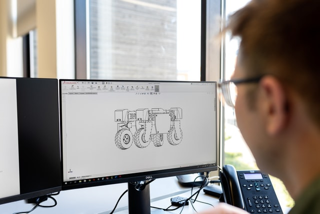 學生選筆電要注意專業軟體相容性