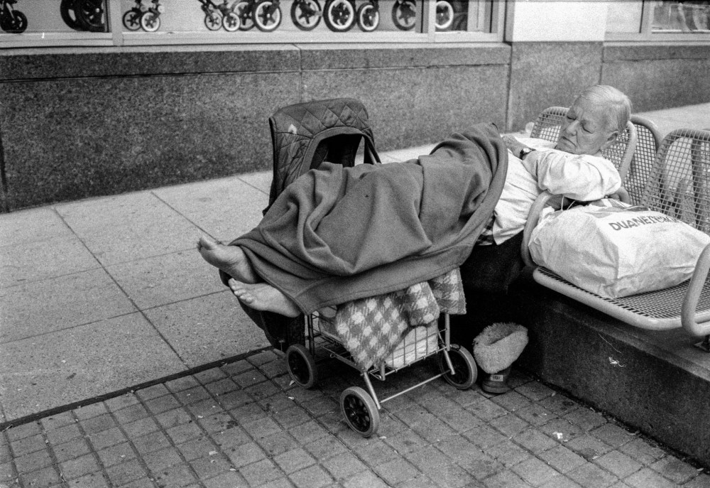 Back to the Streets: Leica M6 (3/6)