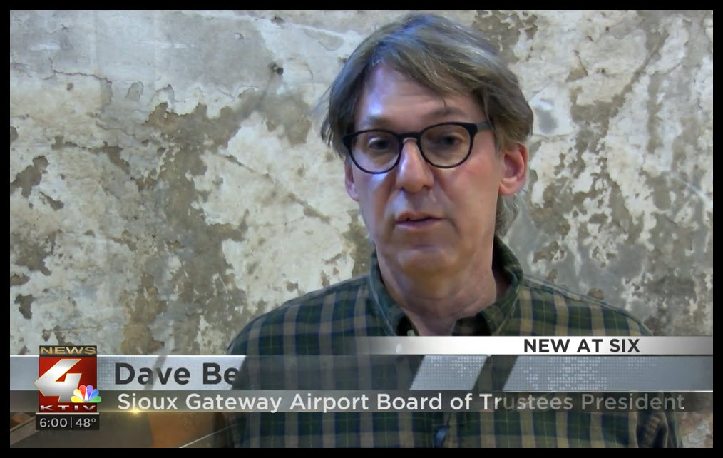 SUX Dave Bernstein, president Sioux Gateway Airport Board of Trustees,