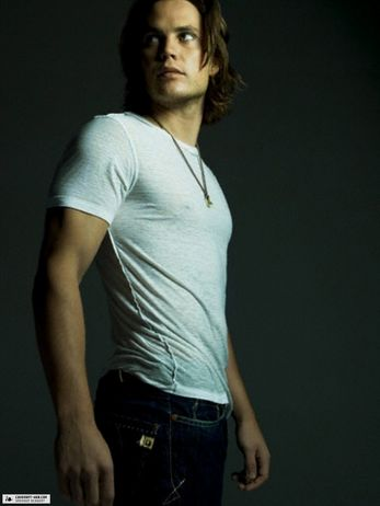 Choice Hottie for May: Taylor Kitsch (4/6)