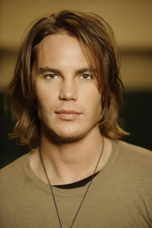Choice Hottie for May: Taylor Kitsch (6/6)