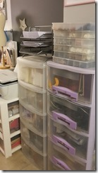 Rangement à tiroirs en plastique pour la mercerie