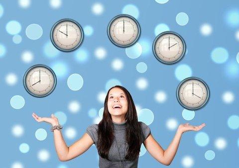 Comment réduire le stress de la rentrée : jongler avec le temps, prioriser, organiser, reporter