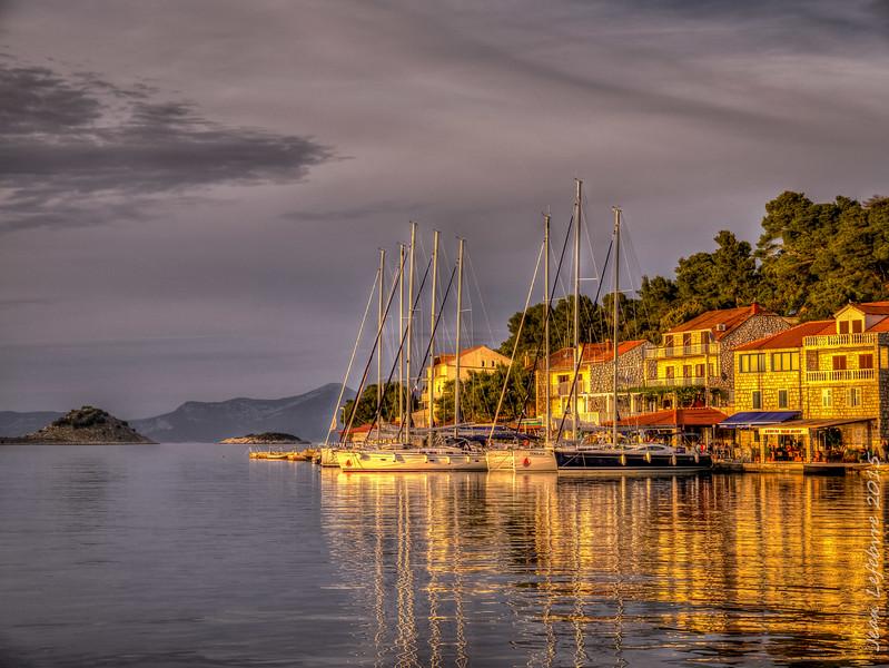 Pomena harbour