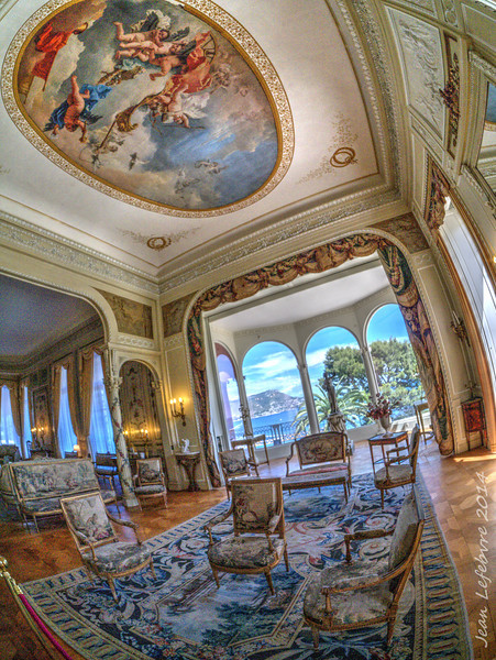 Villa Ephryssi de Rothschild: Opulence now in public trust and still very impressive!