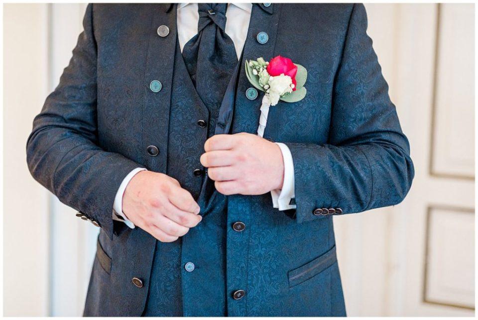 bryllupsbilleder af forberedelse til bryllupsinspiration for kommende brude taget af Aarhus bryllupsfotograf Jeanette merstrand