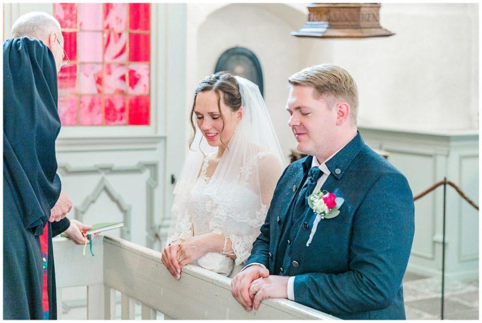 bryllup i nordtyskland ved glücksburg slot til bryllupsinspiration for bruden og gommen taget af aarhus bryllupsfotograf jeanette merstrand