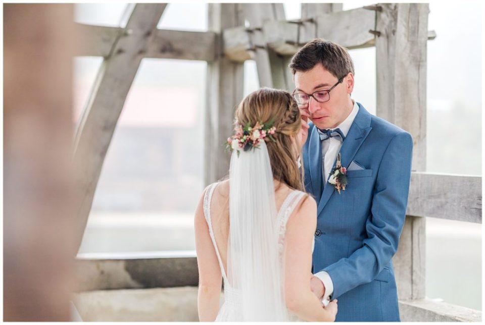 bryllupsbilleder af rustikt bryllup  taget af bryllupsfotograf jeanette merstrand