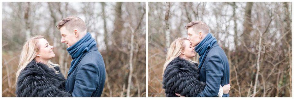 forlovelsesbilleder i skoven af bryllupsfotograf jeanette merstrand