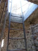 Echelle d'accès à la terrasse du donjon